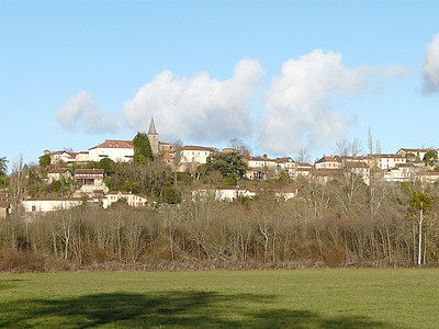 Le village  de Montesquiou